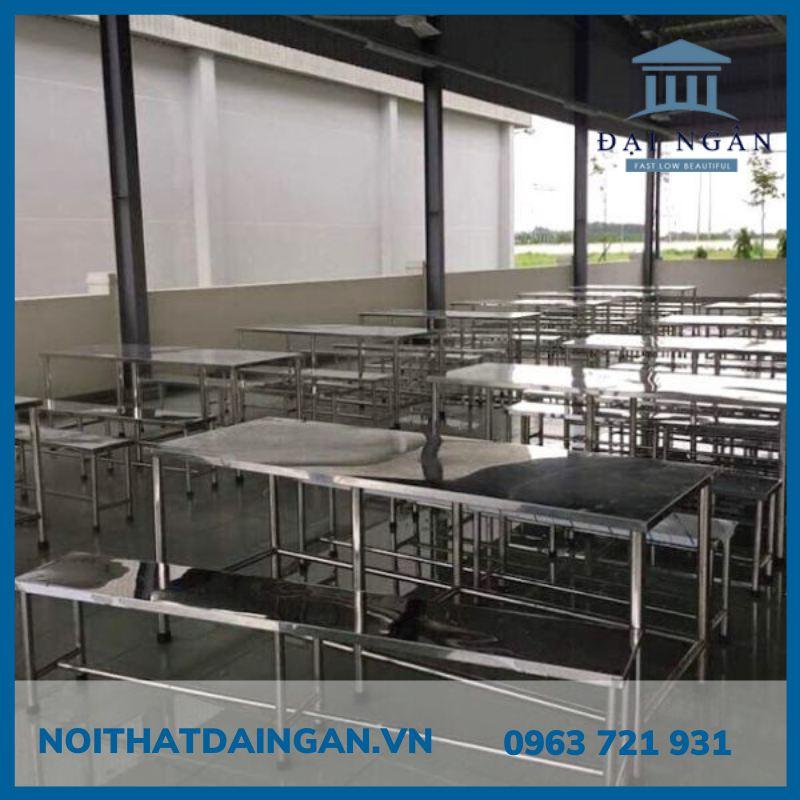 Bộ bàn ghế ăn công nghiệp inox 304 DN048
