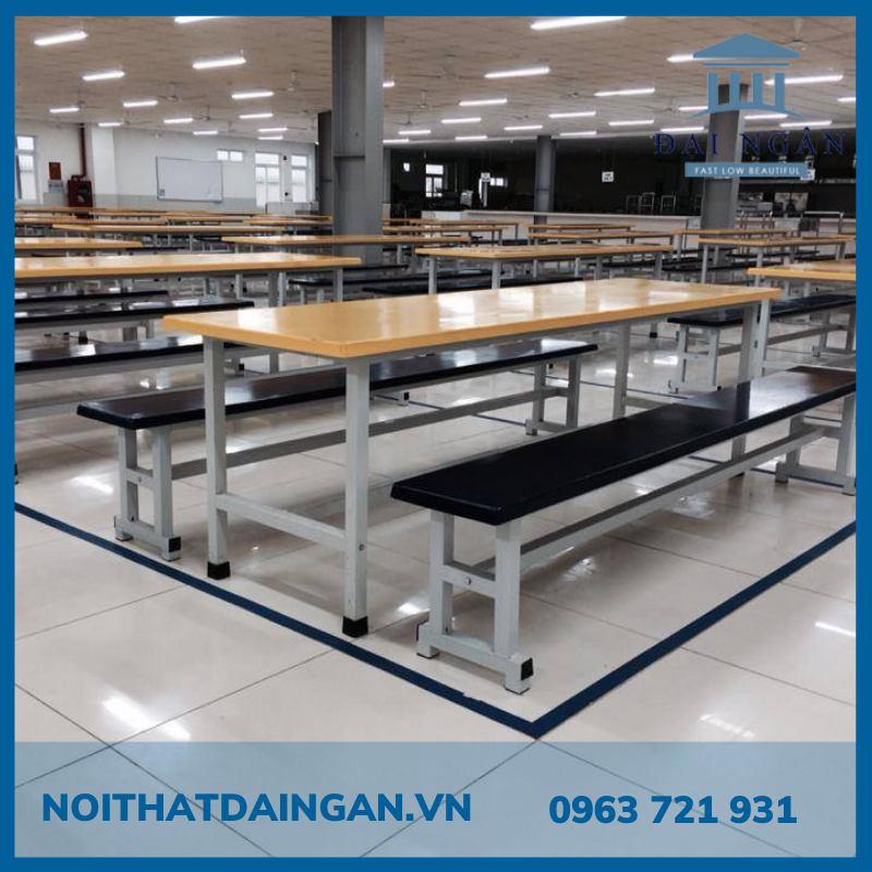 Bộ bàn ăn 70x160 cm và băng ghế dài 30x160 cm