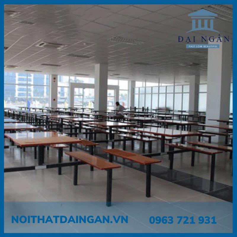 Bộ bàn ăn 70x180cm và băng ghế dài 30x180cm
